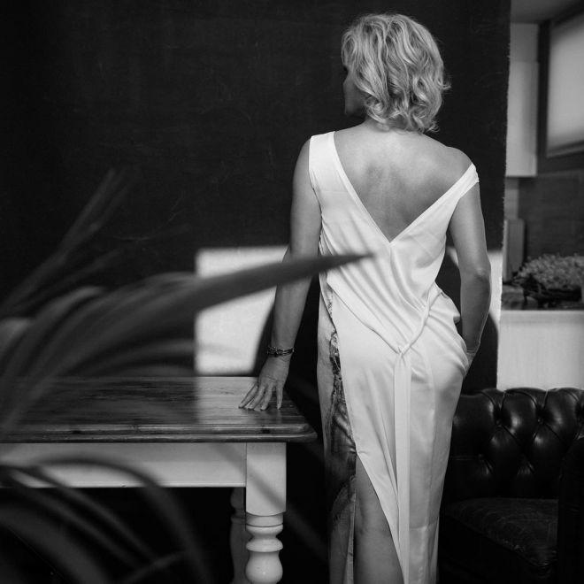 boudoir-photos-for-older-women