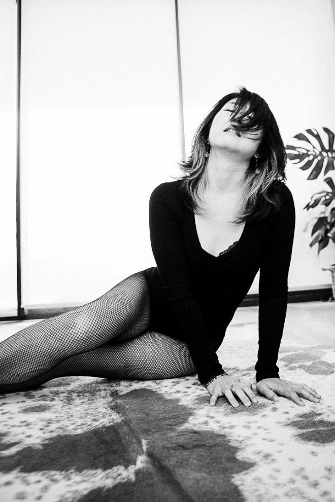 41- boudoir photo session mornington - marina morgan photographer