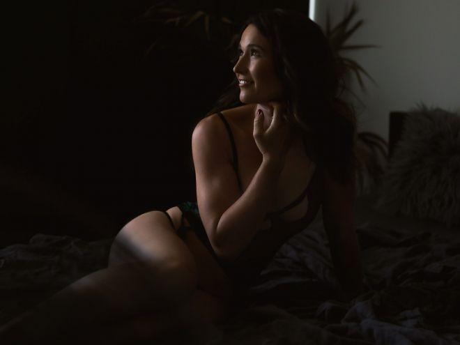 Boudoir photo session | Marina Morgan Portraits6